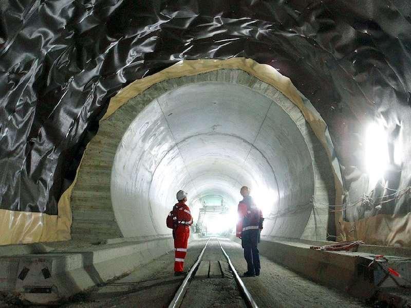 نقشه برداری در تونل